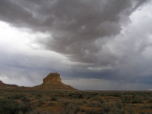1280px-Chaco_Canyon_Fajada_Butte_summer_stormclouds